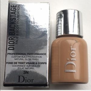 🔝5 for $25!💛Dior Backstage Face+Body Foundation